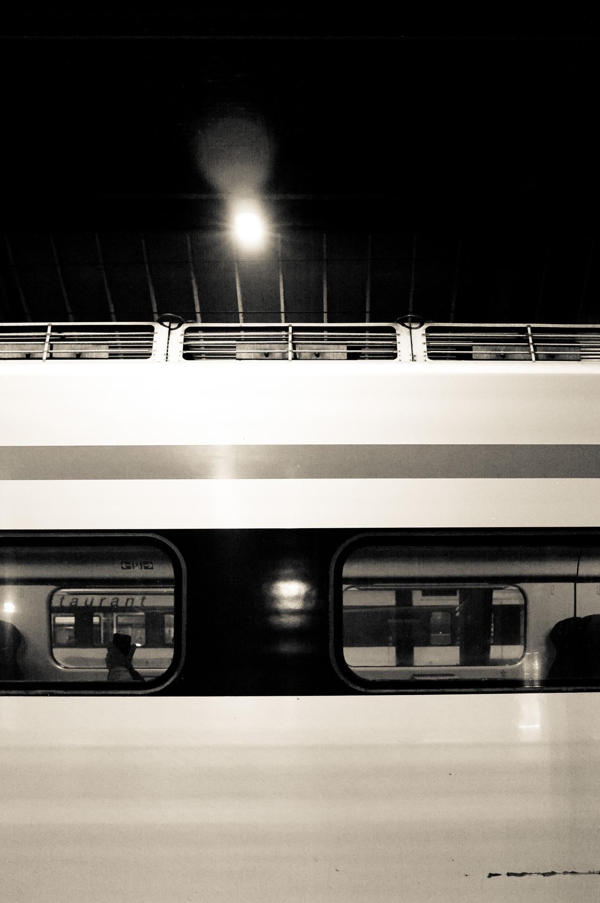 Abstr_Train