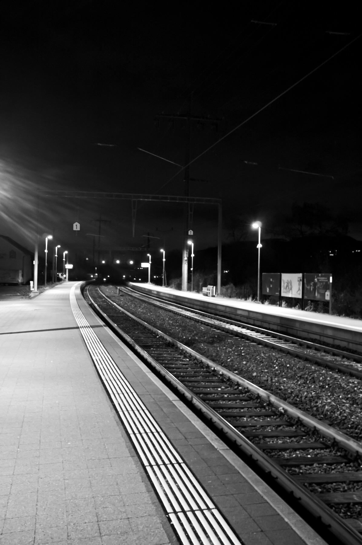 Street_Trainwait